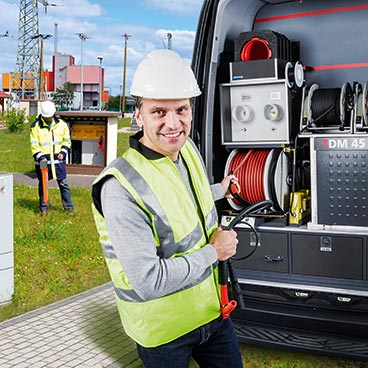 Cable fault and test system vans