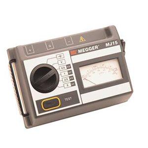Battery Powered Megger BM15 5kV Analog Insulation Tester