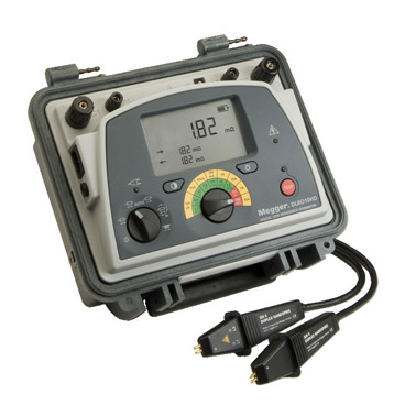 10 A micro-ohmmeter with dual power daignostics